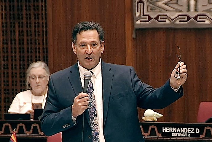 Rep. David Cook argues against a proposal by Republican leaders which would limit the amount of income taxes paid by the most wealthy. Courtesy of Arizona Legislature