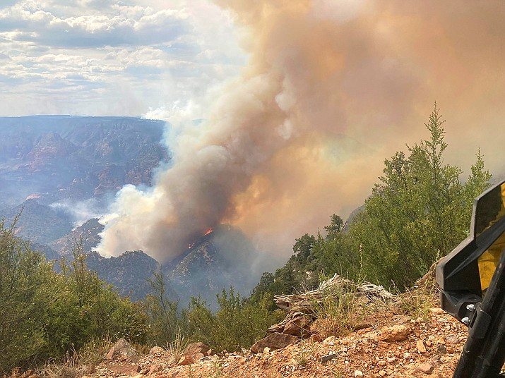 The Rafael Fire is now 59 percent contained and most evacuation orders have been rescinded. (Photo/Inciweb/Nick Desoto)