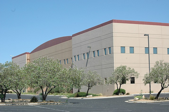 The former Leidos-Lockheed Martin building, 9807 E. Valley Road, in Prescott Valley is being retrofitted for a new Amazon delivery station, an Amazon spokesperson confirmed this past week. (Doug Cook/Courier)