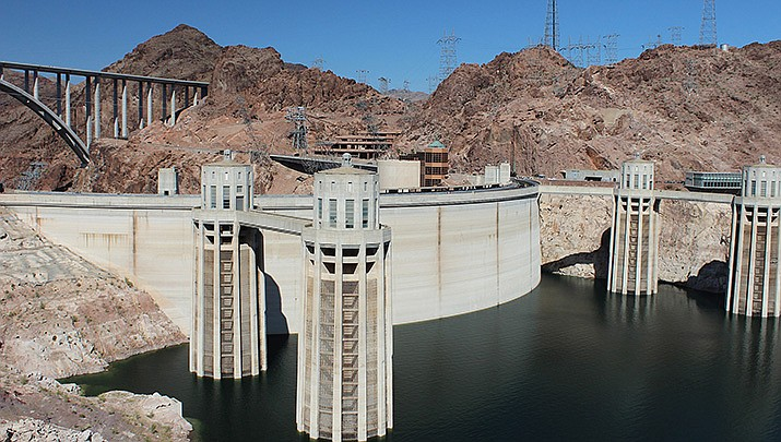 A group consisting of environmentalists, farmers and small-town business owners gathered at the Hoover Dam on Thursday, July 15 to call for a moratorium on new pipelines and dams on the river. (Photo by Carchiav, cc-by-sa-4.0, https://bit.ly/3xMNEQr)