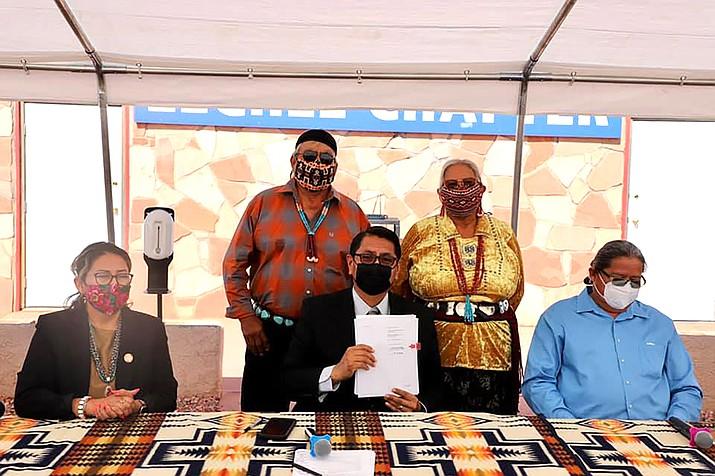 Navajo Nation President Jonathan Nez celebrated the finalization of two business leases near Shonto July 16. (Photo/OPVP)