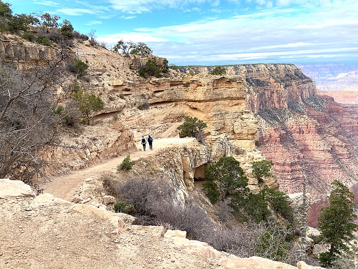 Grand Canyon National Park will be requiring masks be worn inside all federal facilities again after high COVID-19 transmission rates. (Wendy Howell/WGCN)