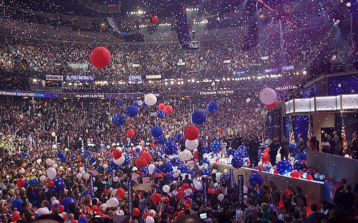 The traditional balloon drop - this one from the end of the Democratic National Convention in a 2016 photo. While voter registration is rising in Arizona, the number of people opting to affiliate with one of the major political parties is dropping, with analysts saying party politics has turned off potential members. (File photo by Kelsey DeGideo/Cronkite News)