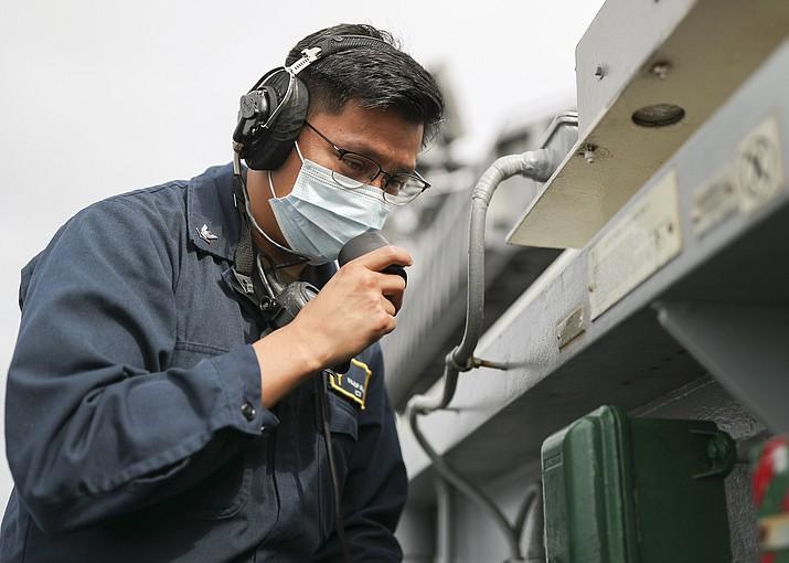 (U.S. Navy photo by Mass Communication Specialist Seaman Christopher Sypert)