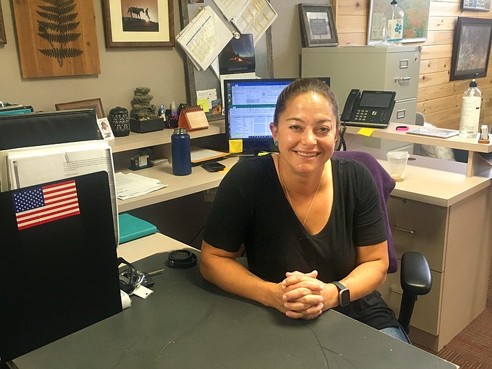 Jessica Bryson, economic project manager at the Town of Camp Verde, explains a new business grant available for businesses in Cottonwood, Camp Verde and Sedona on Wednesday, Aug. 18, 2021. (Vyto Starinskas/Independent)