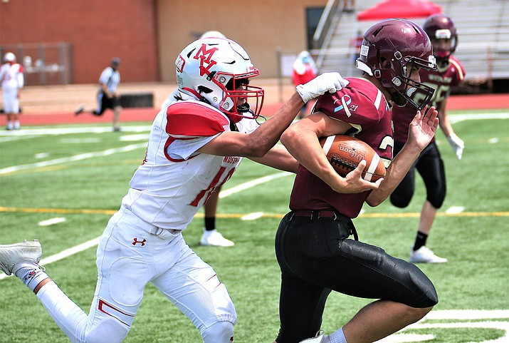 Winslow High School Junior Varsity Football team played Monument Valley Aug. 28 at home. (Courtesy of El Big Guy Photography)