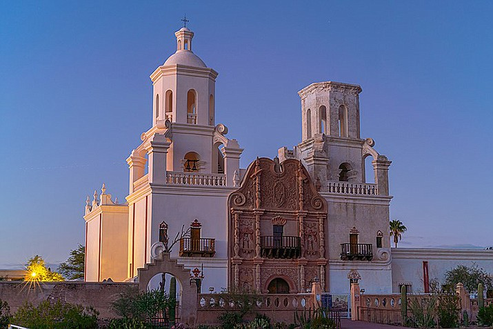The San Xavier del Bac Mission is gradually reopening after being closed due to the pandemic. (Photo by Steve and Kimberly Rader, cc-by-sa-4.0, https://bit.ly/3A3SrOs)
