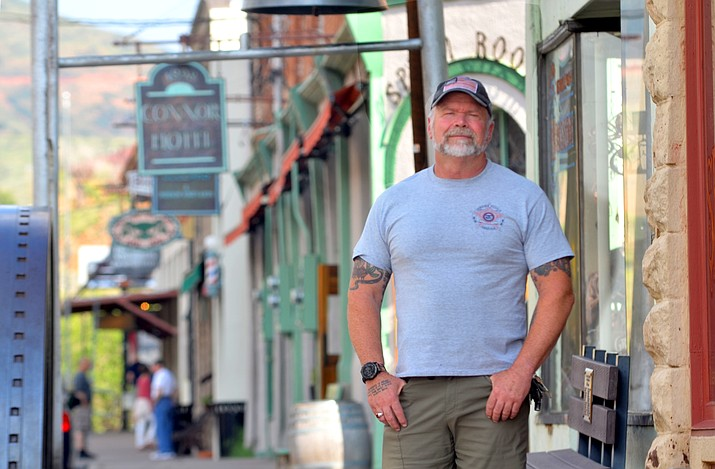 Jerome Police Chief Allen Muma patrols Jerome's commercial district on Thursday, Sept. 2, 2021. (Vyto Starinskas/Independent)