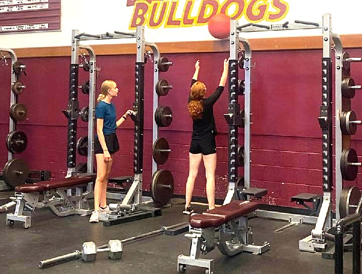 Mrs. Leonard's CrossFit class works out at Winslow High School. (Photo/Winslow High School)