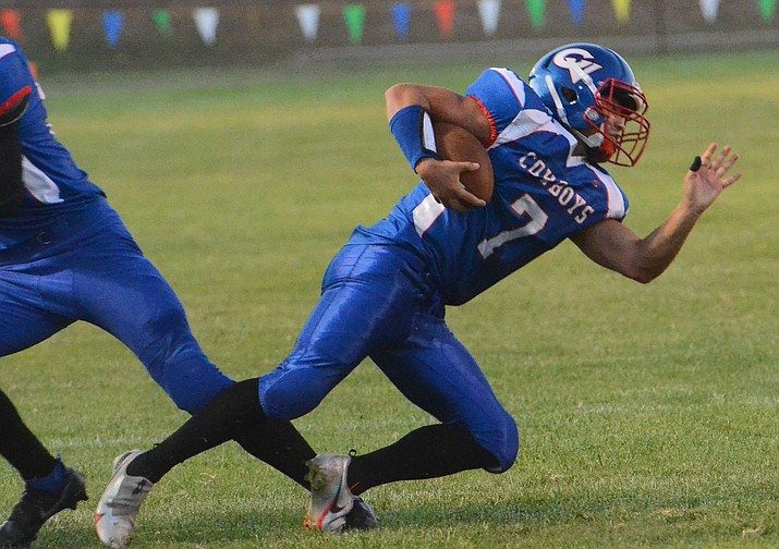 Jacob Oothoudt (7) runs for no gain during a game Aug. 27, 2021, in Camp Verde. Oothoudt had 19 carries for 197 yards and three touchdowns in the 42-21 win over Trivium Prep. on Friday, Sept. 10, 2021. (Vyto Starinskas/Independent, file)