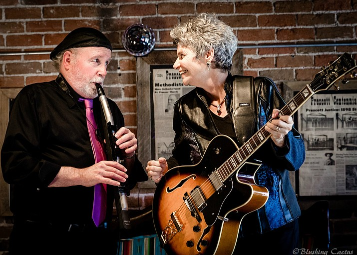 Walton Mendelson, left, and Jo Berger, are scheduled to appear at the Music in the Stacks Special Concert Series on Thursday, Sept. 23, 2021, at the Camp Verde Community Library. (CVCL/Courtesy)