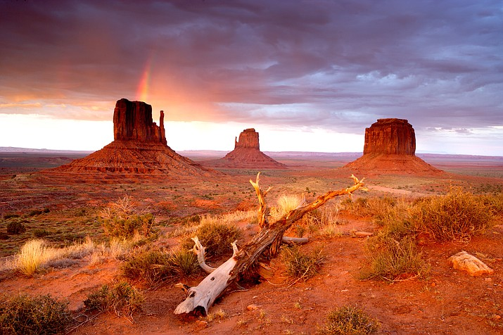 The Navajo Nation and Arizona Commerce Authority have partnered to promote media and filming opportunities on the reservation. (Adobe Stock)