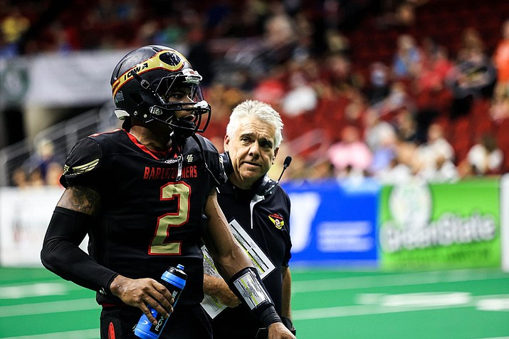 Les Moss, right, serving as head coach for the Iowa Barnstormers. (NAZ Wranglers/Courtesy)