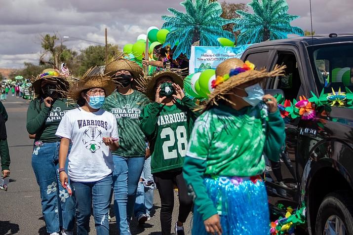 Warrior fans show their support for their hometown team. (Gilbert Honanie/NHO)