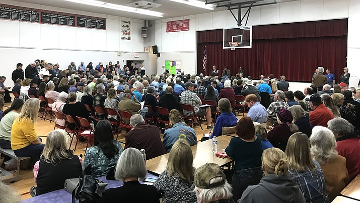 In this undated file photo, citizens of Cornville attending a planning and zoning meeting at the Oak Creek Elementary School gymnasium. The Cornville Community Association is hosting District 2 Supervisor James Gregory, District 3 Supervisor Donna Michaels, and Red Rock District Ranger Amy Tinderholt at their upcoming general meeting Tuesday, Oct. 12, 2021. (Independent file photo)