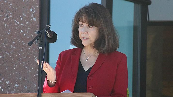 Mohave County celebrates Kingman library improvements