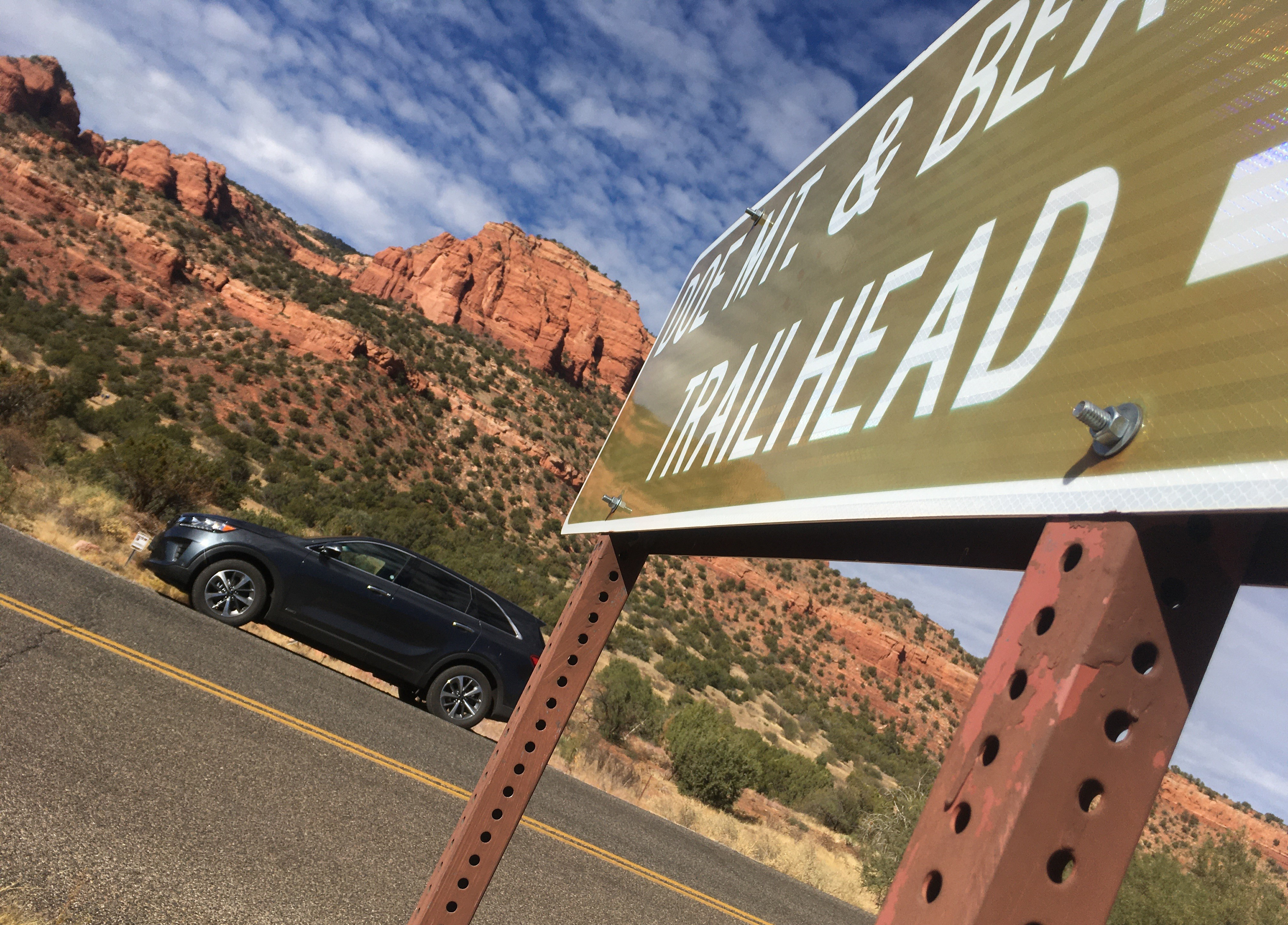 City of Sedona, forest service propose shuttle service to ease parking woes at trailheads