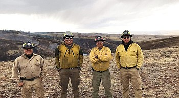 BIA Navajo region wildland fire units respond to Oregon photo
